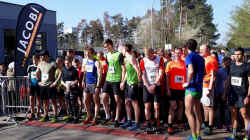 20190407Griesheim_Start5km-Jacobi.jpg (129234 Byte)