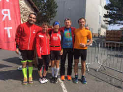 20190414pfunrun_TusTeam2.jpg (203100 Byte)